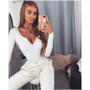 Malene V-Neck Long Sleeve Bodysuit - Cream